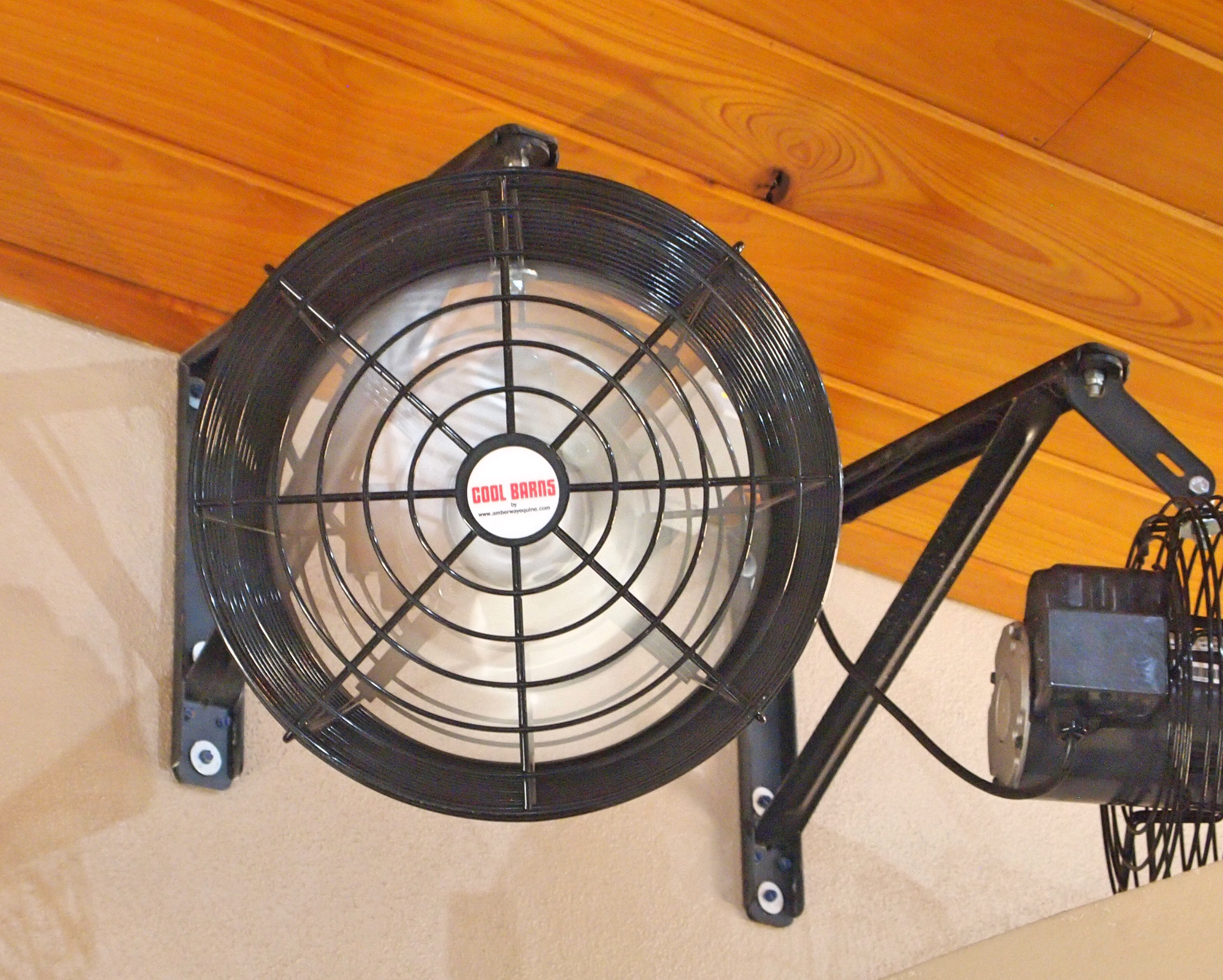 Barn Exhaust Fans : Stall fans cool barns amberway equine